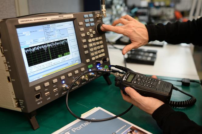 chuyên sửa chữa cài đặt máy bộ đàm,lắp camera IP